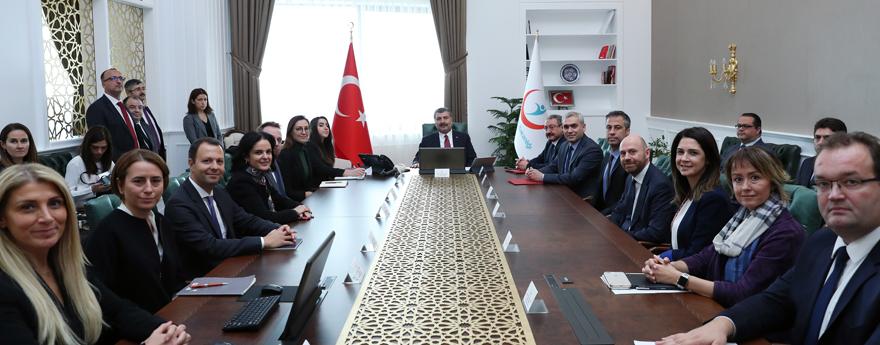 Sağlık Bakanı Fahrettin Koca, ABD Ticaret Odası Temsilcilerini Kabul Etti