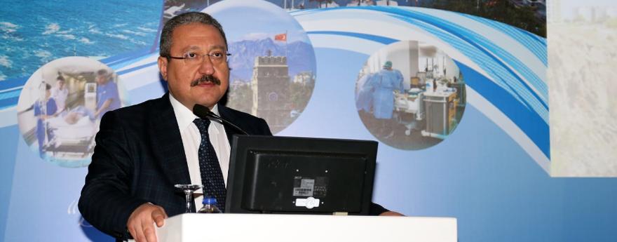 Bakan Yardımcısı Güven 7. Avrasya Yoğun Bakım Toplantısına Katıldı