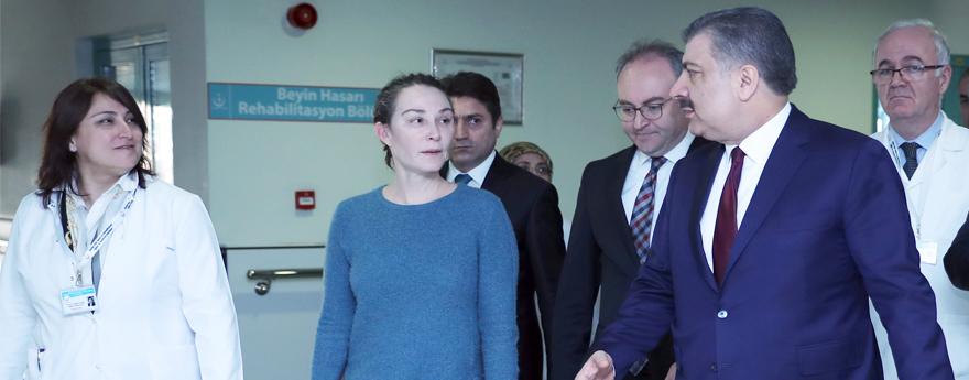 Sağlık Bakanı Koca'dan Deniz Baykal'a Ziyaret