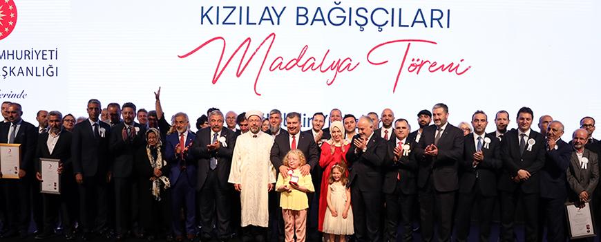 Kızılayın 151. Yıl Dönümünde Bağışçılar Madalya ile Onurlandırıldı