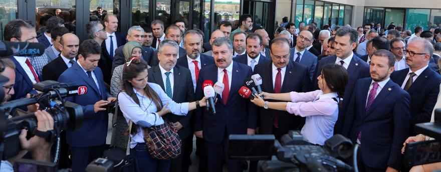 Health Minister Dr. Koca at the Bursa City Hospital