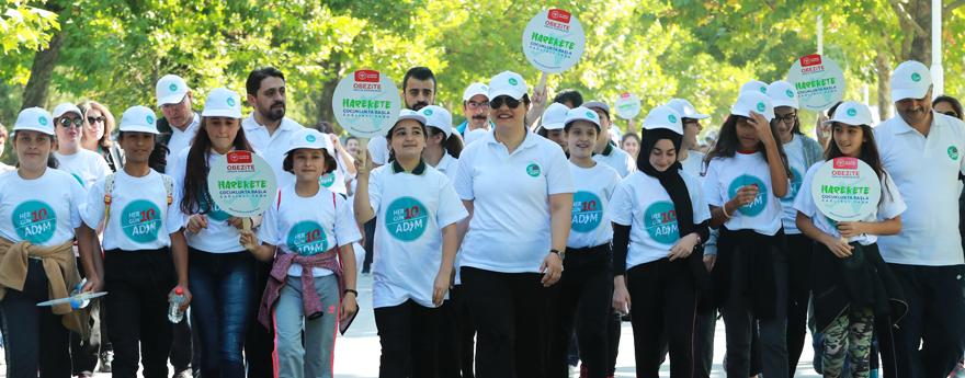 "Prof. Dr. Alp Meşe participates to ""World Walking Day"" Organization"