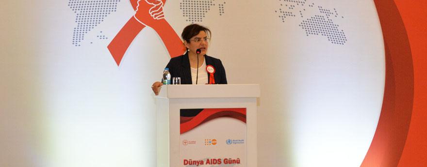 """""""Dünya AIDS Günü"""" Etkinliği Ankara'da Gerçekleştirildi"""