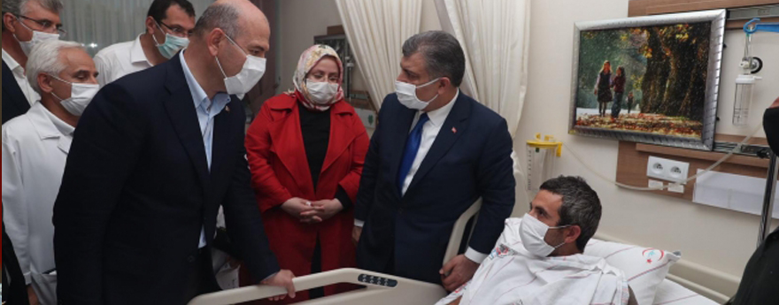 Sağlık Bakanı Koca, Sakarya'daki Patlamada Yaralananları Ziyaret Etti